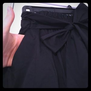 ladies classy/casual skirt (with pockets).